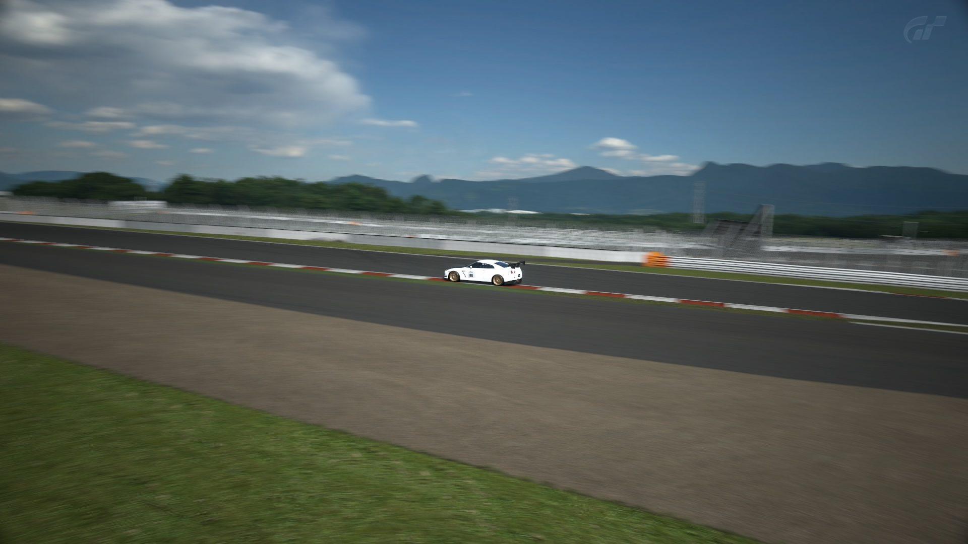 Fuji Speedway F_2.jpg