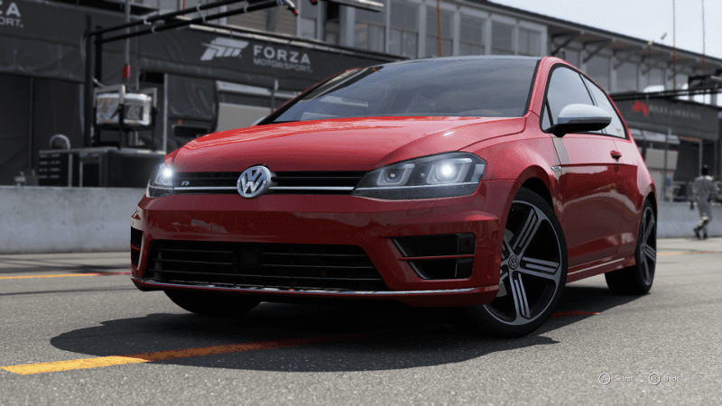 Golf R 1.png