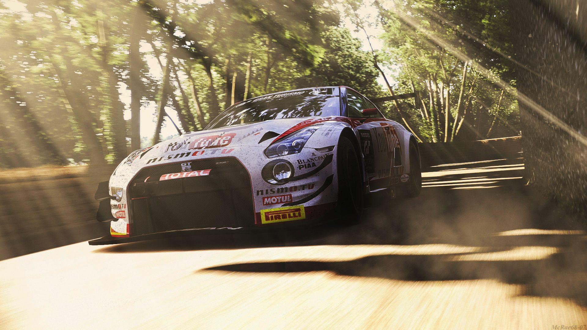 Goodwood Hillclimb 2014 GT3 2 gtr 1.jpg