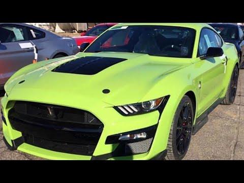 Grabber Lime Mustang 2.jpg