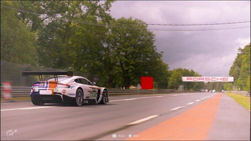 GT Sport - Aston Martin Racing Art Car 2013 02.jpg