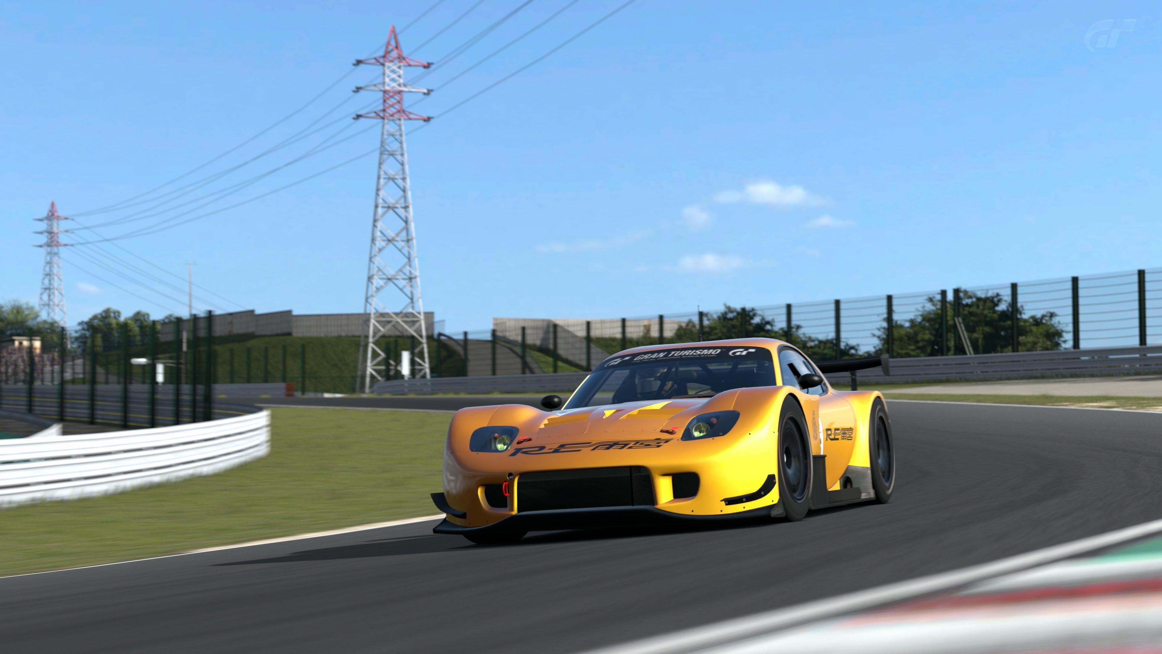GT300 11.jpg