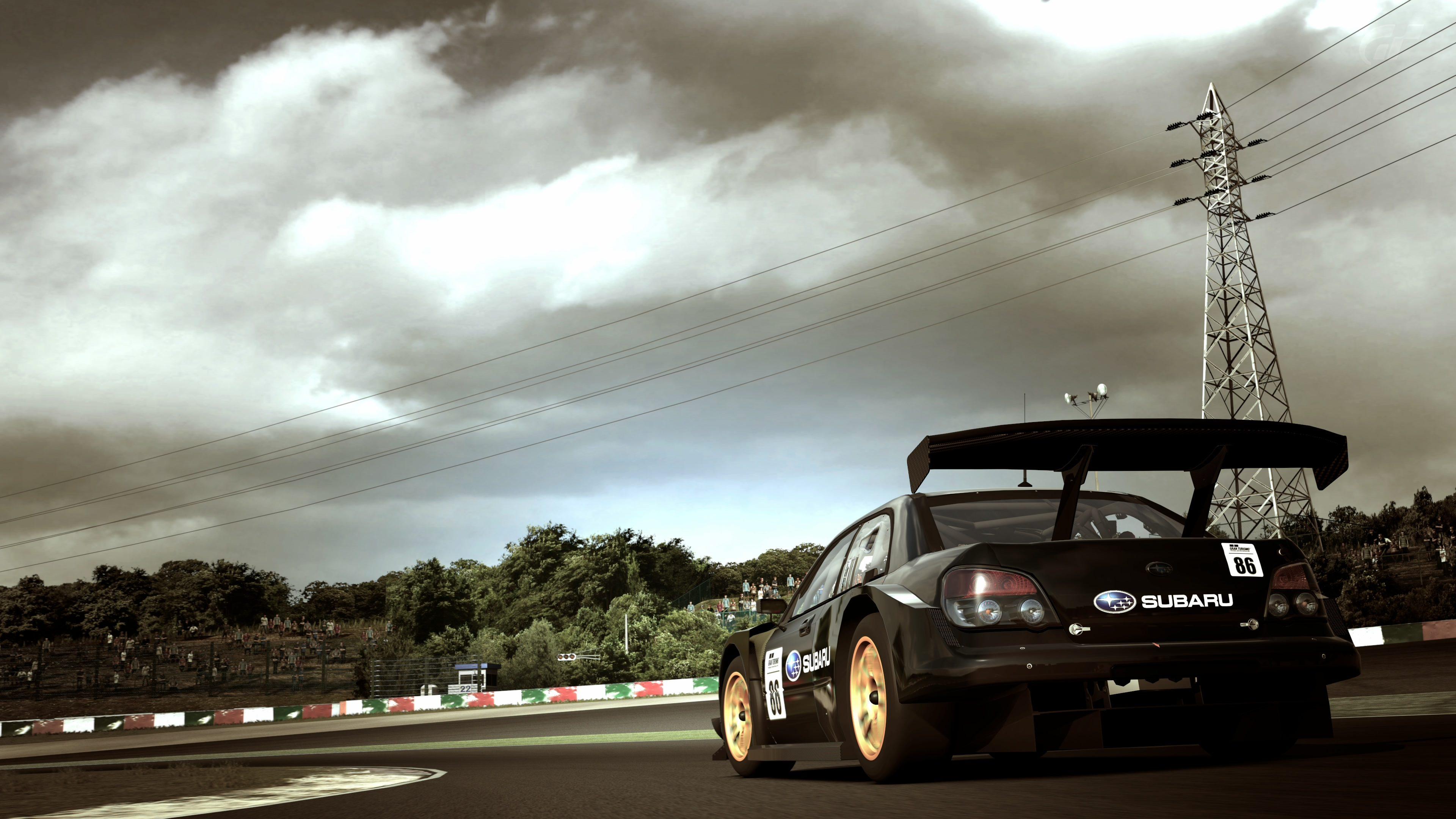GT300 4.jpg