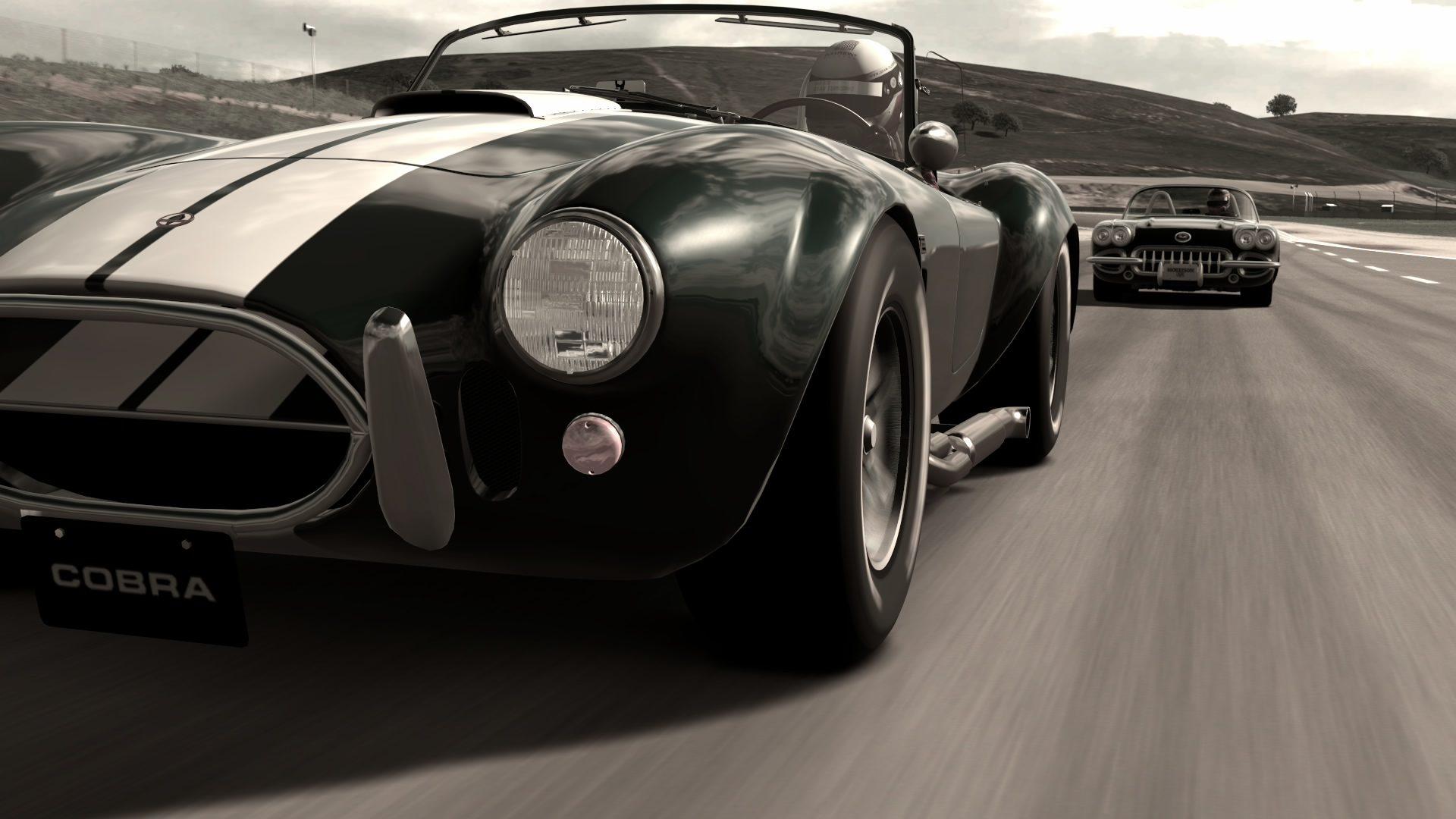 GT6 Cobra leads Corvette.jpg