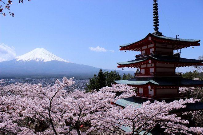 Hakone summit.jpg