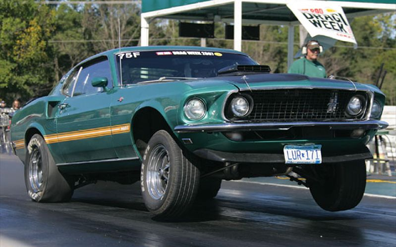 hrdp_0803_26_z+custom_street_racing_cars+1969_ford_mustang_front_view.jpg