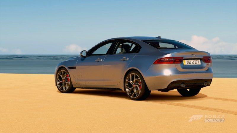 Jaguar XFR-S.jpg