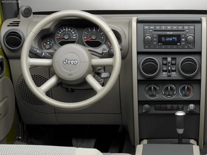 Jeep-Wrangler_Unlimited-2007-1024-20.jpg