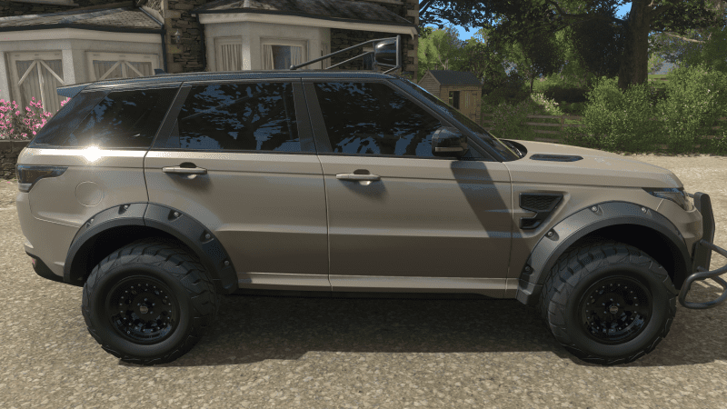 Kaikoura Stone Range Rover 2.PNG