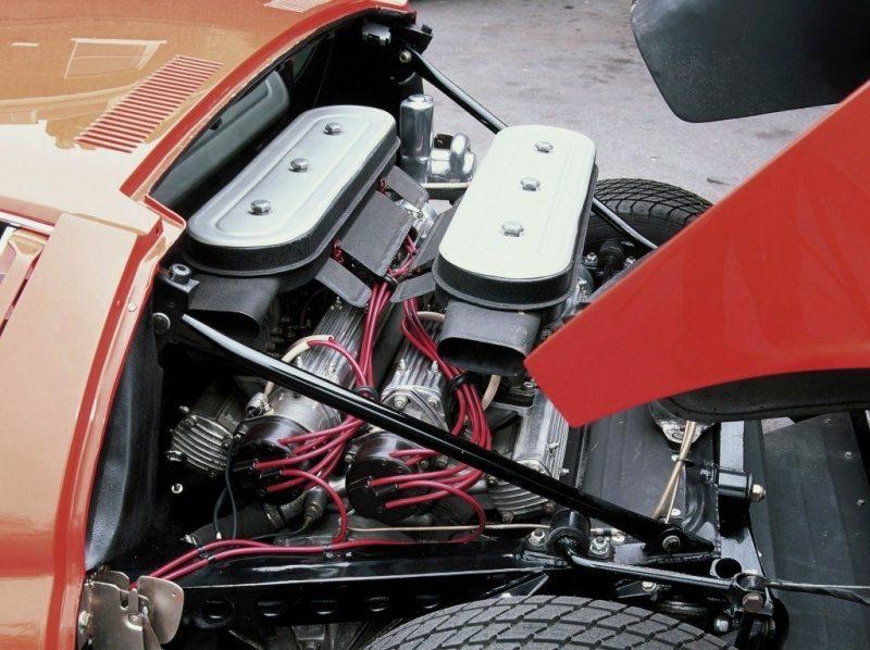 Lamborghini Miura P400 Bertone Prototype CN.0706 '67-Real Car Engine.jpg