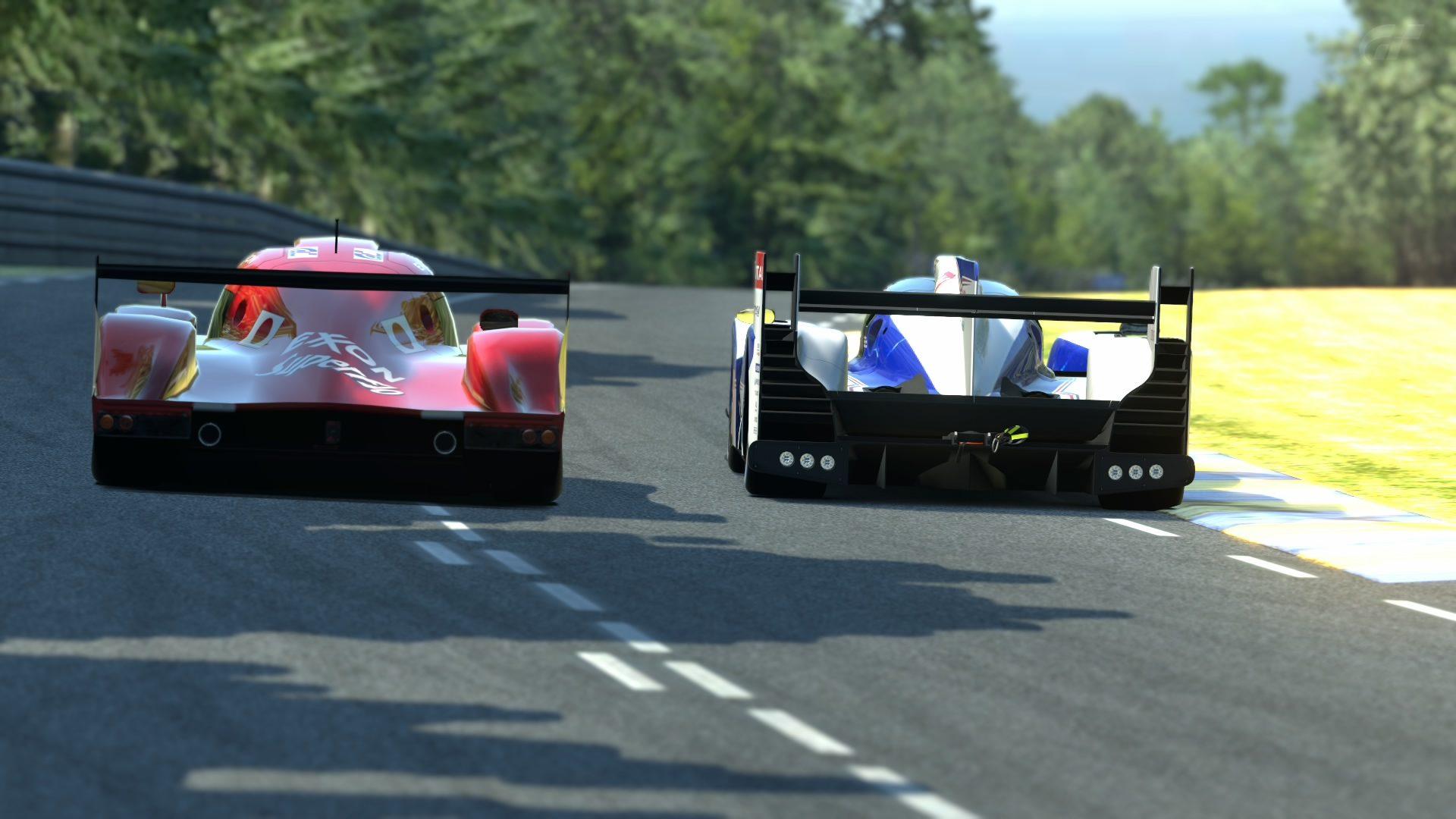 Le Mans Toyota TS030 32.jpg