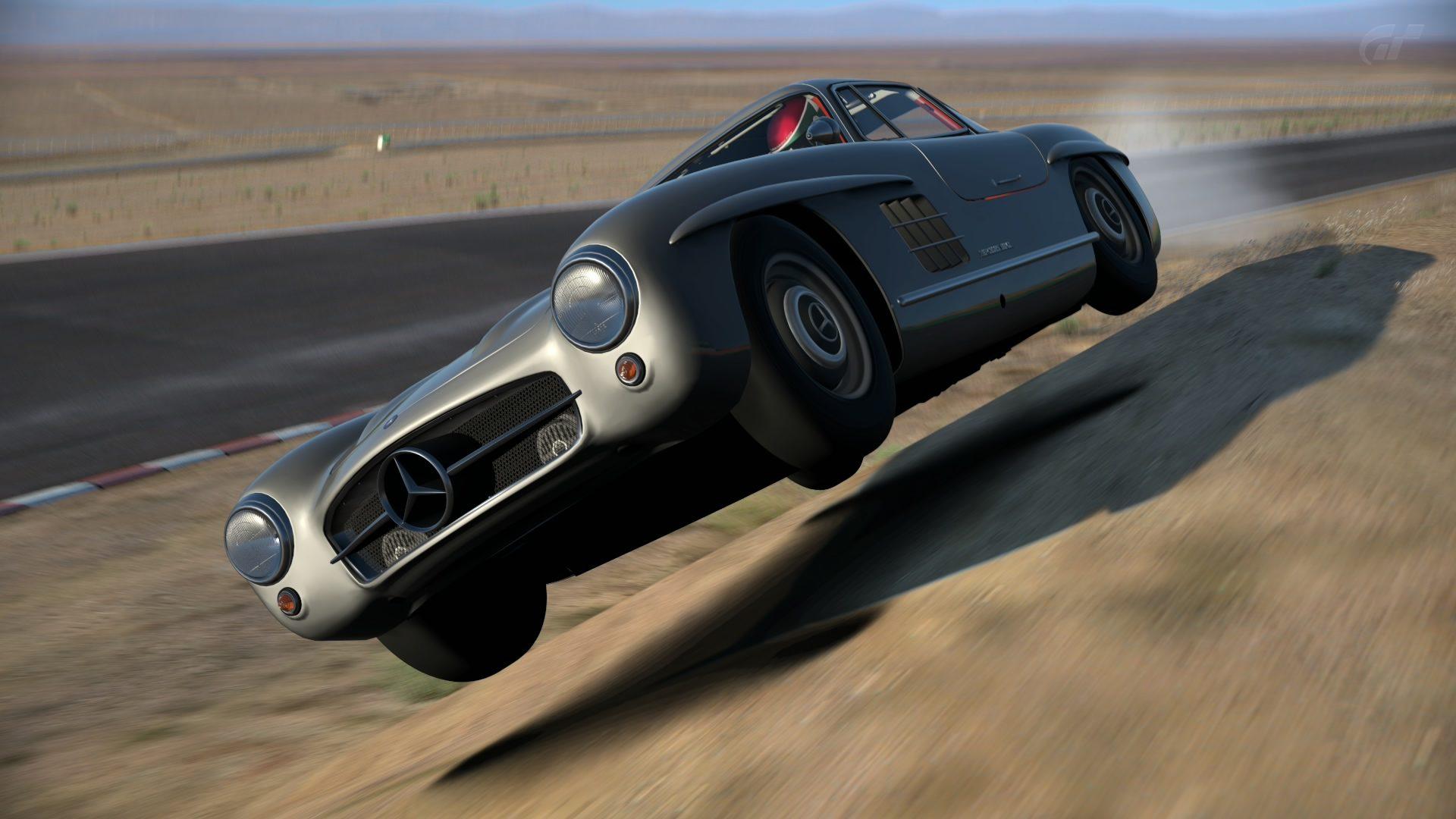 Maximusmonster tuned Mercedes.jpg