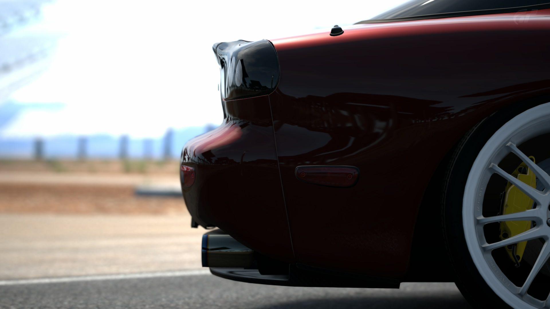 Mazda RX7 8.jpg