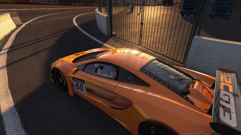 McLaren 12C GT3 McLaren #60.jpeg