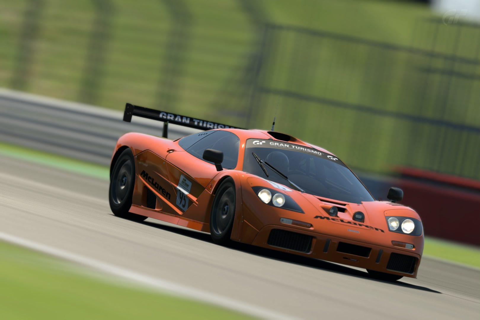 McLaren F1 GTR Race Car Base Model '95 (Car).jpg