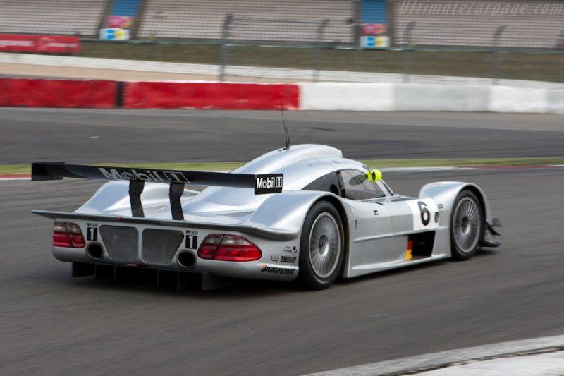 Mercedes-Benz-CLR-8.jpg