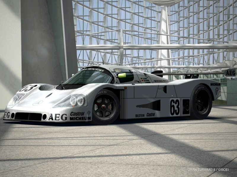 Mercedes-Benz Sauber C9 Race Car '89.jpg