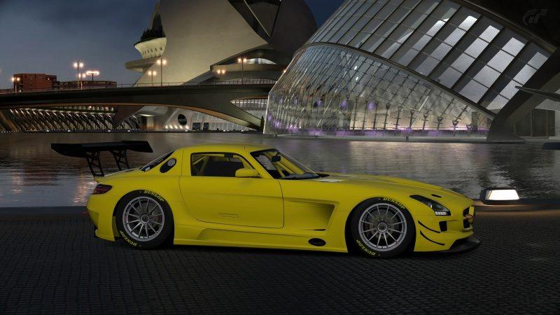 Mercedes-Benz SLS AMG GT3 '11 (11).jpg