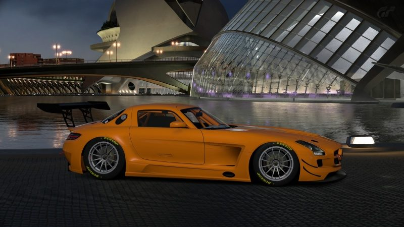 Mercedes-Benz SLS AMG GT3 '11 (12).jpg