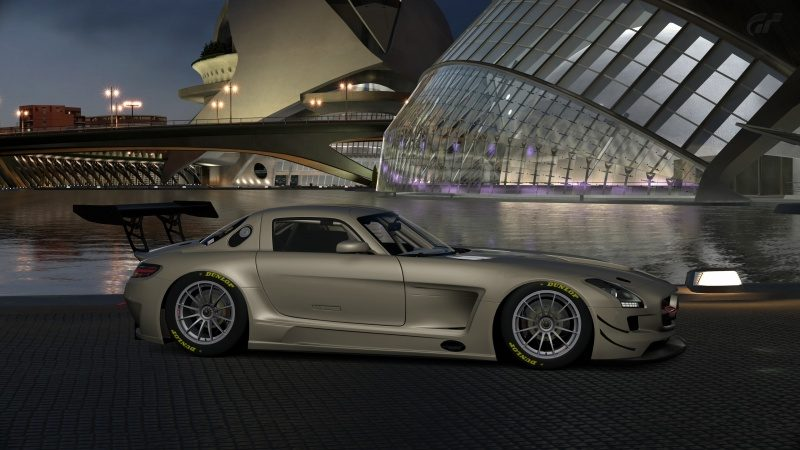 Mercedes-Benz SLS AMG GT3 '11 (15).jpg