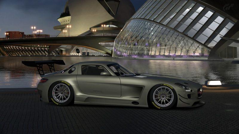 Mercedes-Benz SLS AMG GT3 '11 (16).jpg
