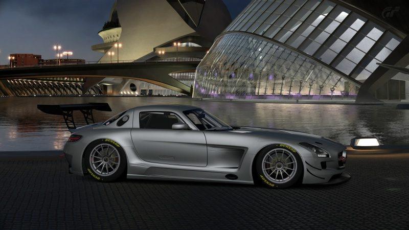 Mercedes-Benz SLS AMG GT3 '11 (17).jpg