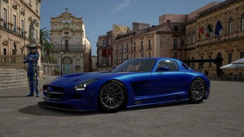 Mercedes-Benz SLS AMG GT3 '11-2.jpg