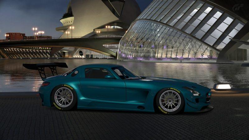 Mercedes-Benz SLS AMG GT3 '11 (26).jpg