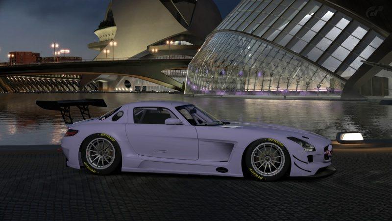 Mercedes-Benz SLS AMG GT3 '11 (3).jpg