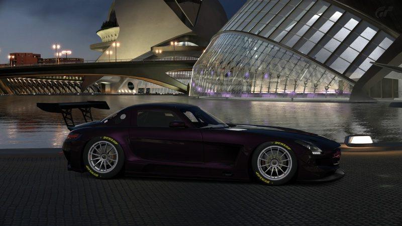 Mercedes-Benz SLS AMG GT3 '11 (32).jpg