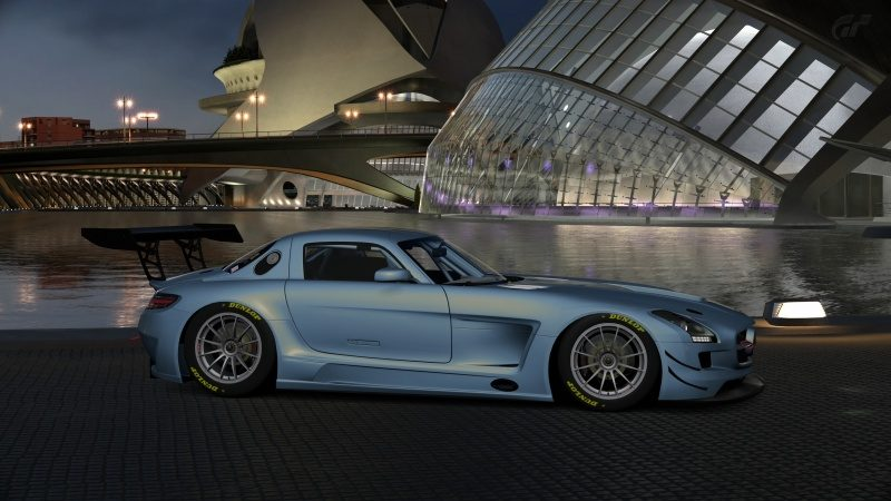 Mercedes-Benz SLS AMG GT3 '11 (38).jpg