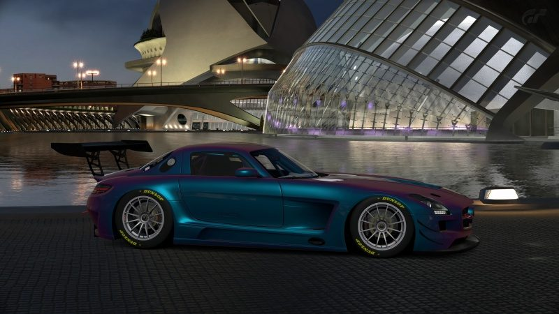 Mercedes-Benz SLS AMG GT3 '11 (41).jpg