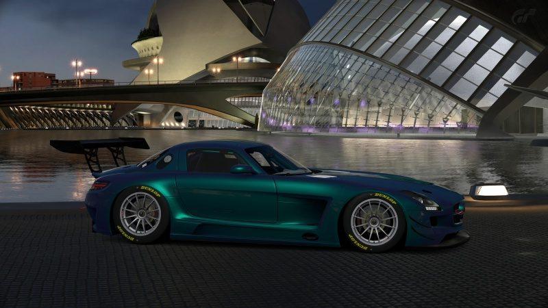 Mercedes-Benz SLS AMG GT3 '11 (43).jpg