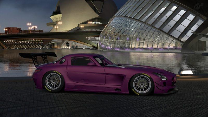 Mercedes-Benz SLS AMG GT3 '11 (7).jpg