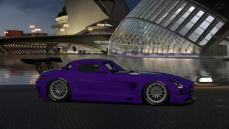 Mercedes-Benz SLS AMG GT3 '11 (9).jpg