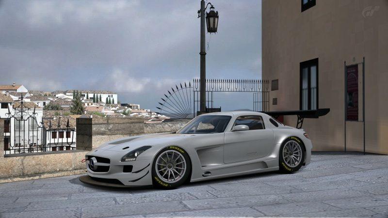 Mercedes -Benz SLS AMG GT3 '11-At Ronda.jpg