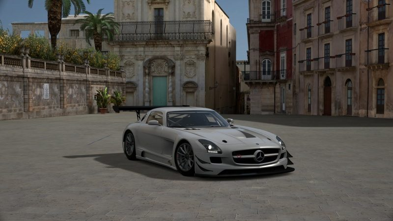 Mercedes-Benz SLS AMG GT3 '11.jpg