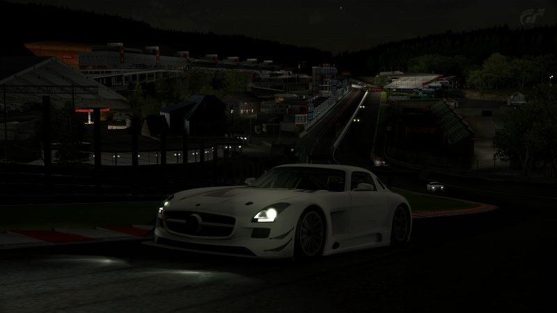 Mercedes-Benz SLS AMG GT3 '11 Tuned-Race At Circuit de Spa Francorchamps 24-21.jpg