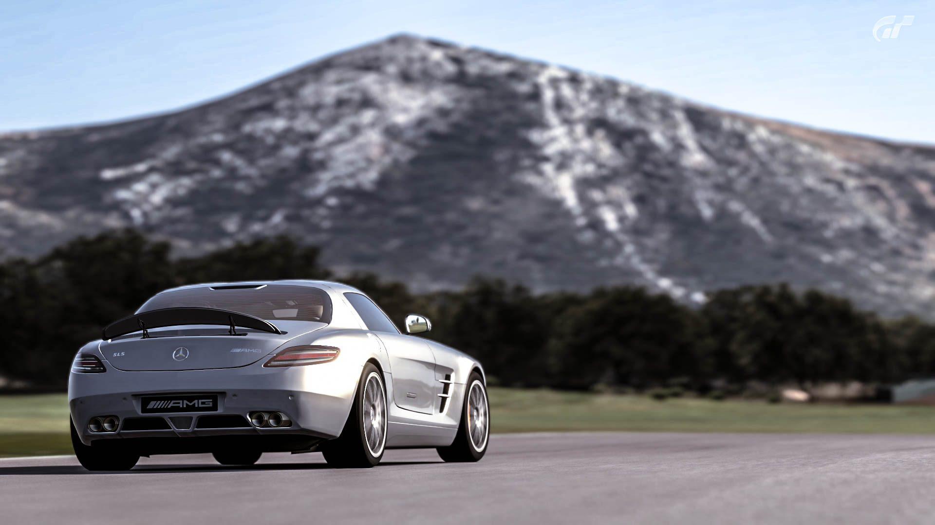 Mercedes_SLS_AMG_07.jpg