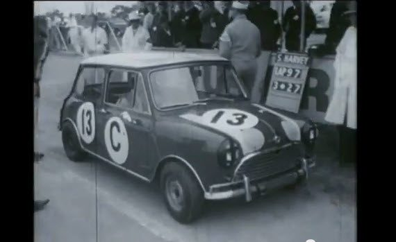 mini-cooper-1966-Altonen-Bathurst.jpg