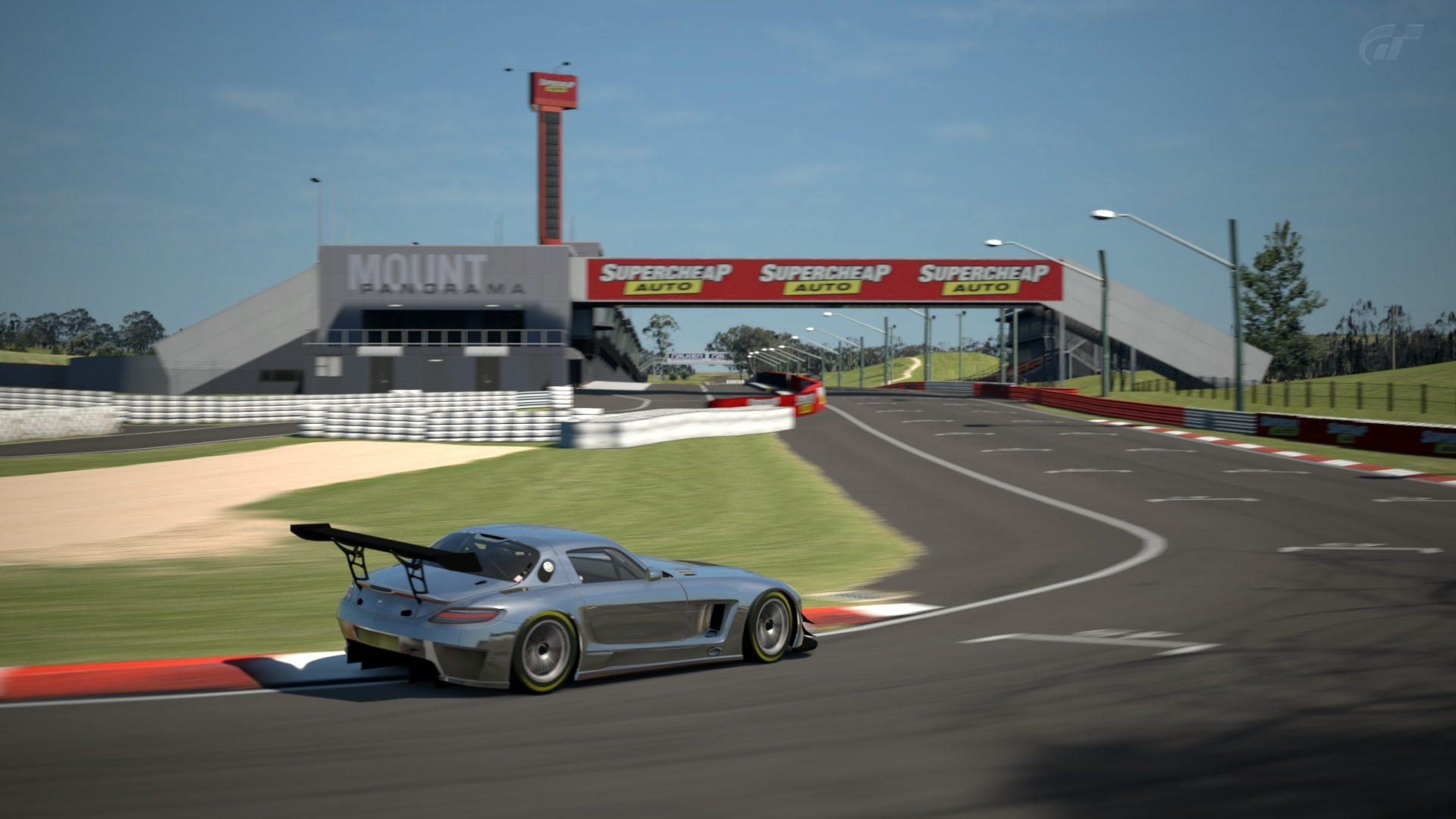 Mount Panorama Motor Racing Circuit_1 (3).jpg