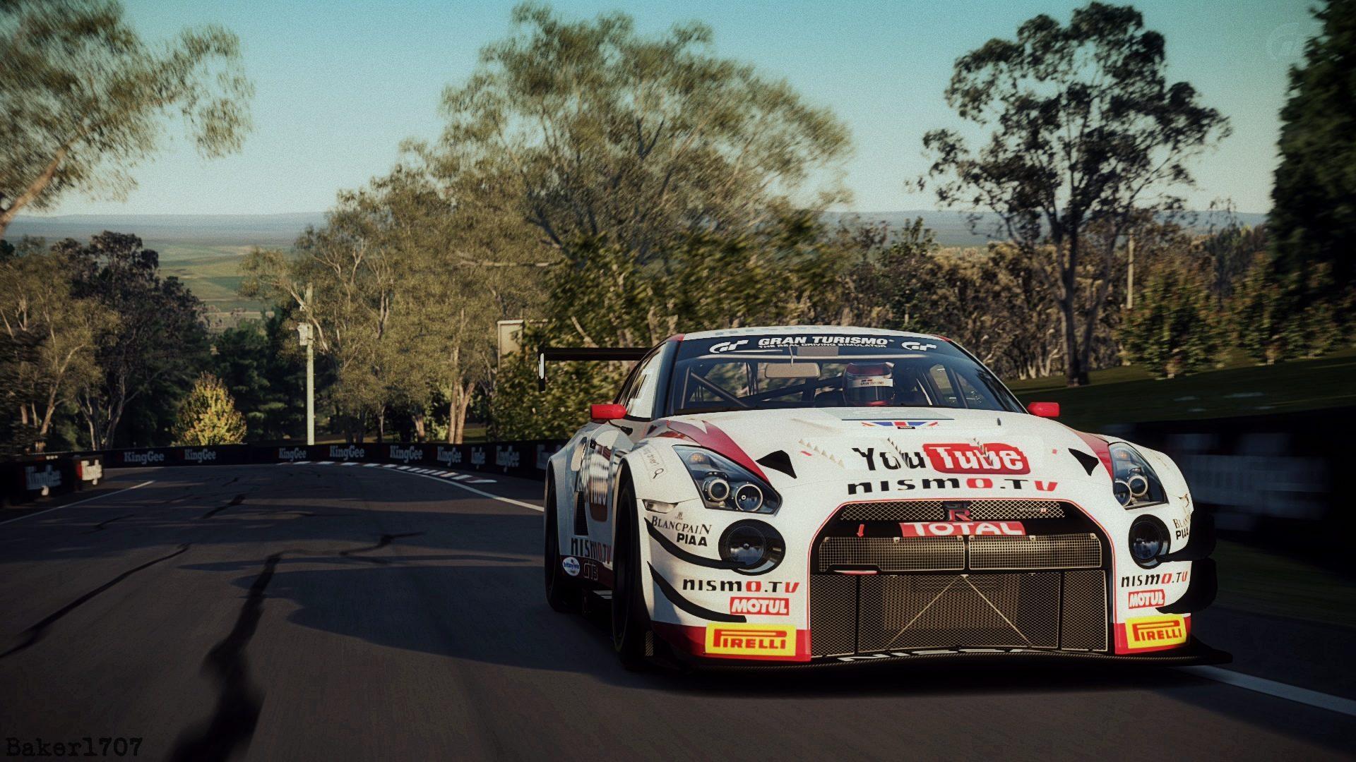Mount Panorama Motor Racing Circuit_29 edit.jpg