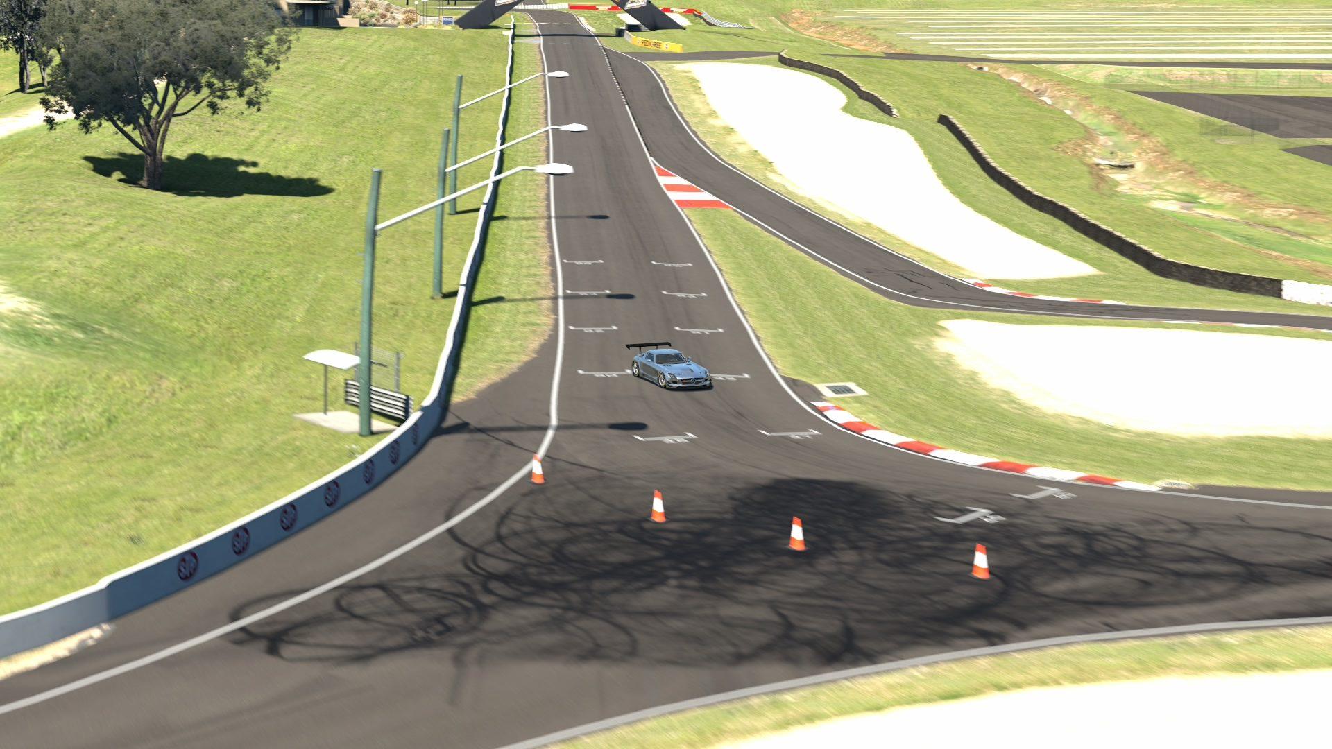 Mount Panorama Motor Racing Circuit_5 (2).jpg