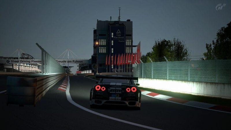 Nissan GT-R N24 Schulze Motorsport '11 (SP8T) Pit Entry-At Nürburgring 24Hr.jpg