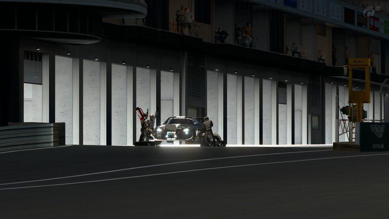 Nissan GT-R N24 Schulze Motorsport '11 (SP8T) Pit Service Finalizing-At Nürburgring 24Hr.jpg