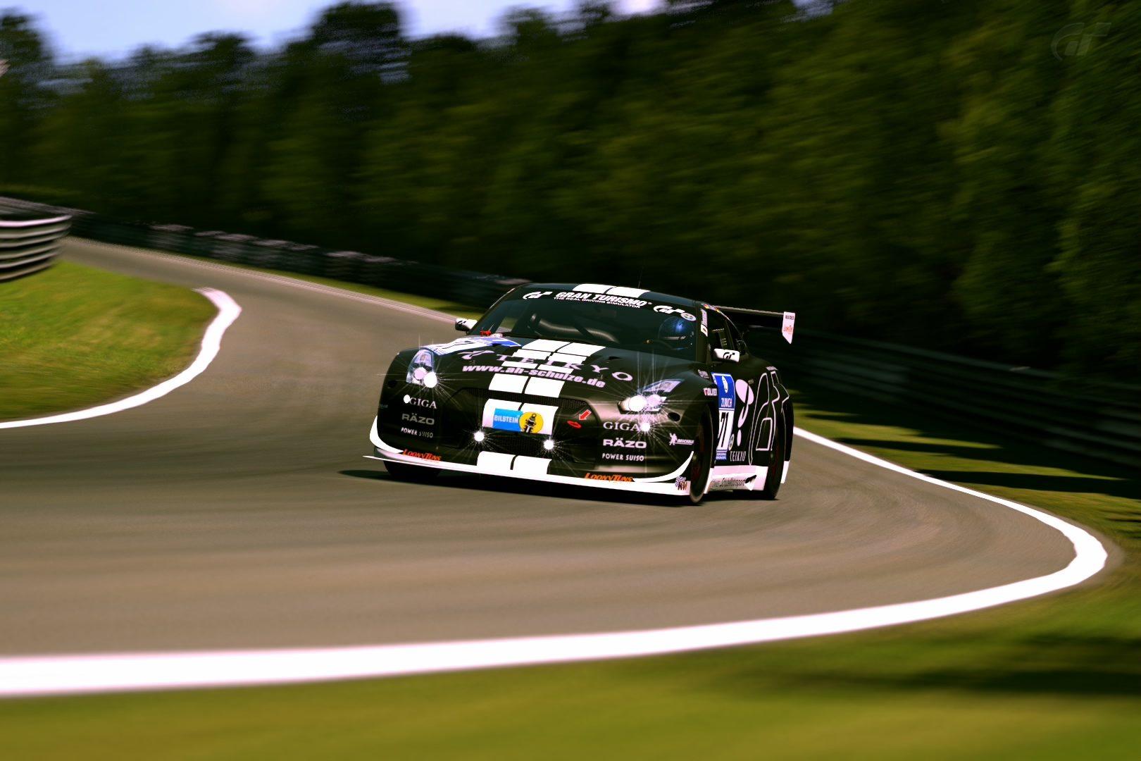 Nissan GT-R N24 Schulze Motorsports '11.jpg