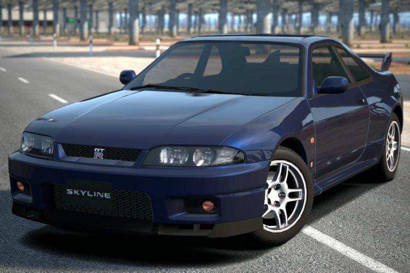 Nissan_SKYLINE_GT-R_(R33)_'95.jpg
