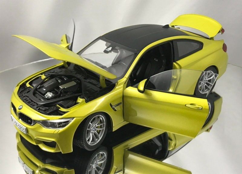 PARAGON BMW M4 Coupe Austin Yellow Special Dealer Edition 1.18-10.jpg