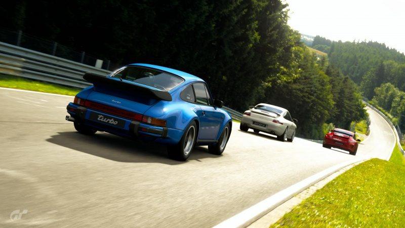 Porsche on Nürburgring.jpg