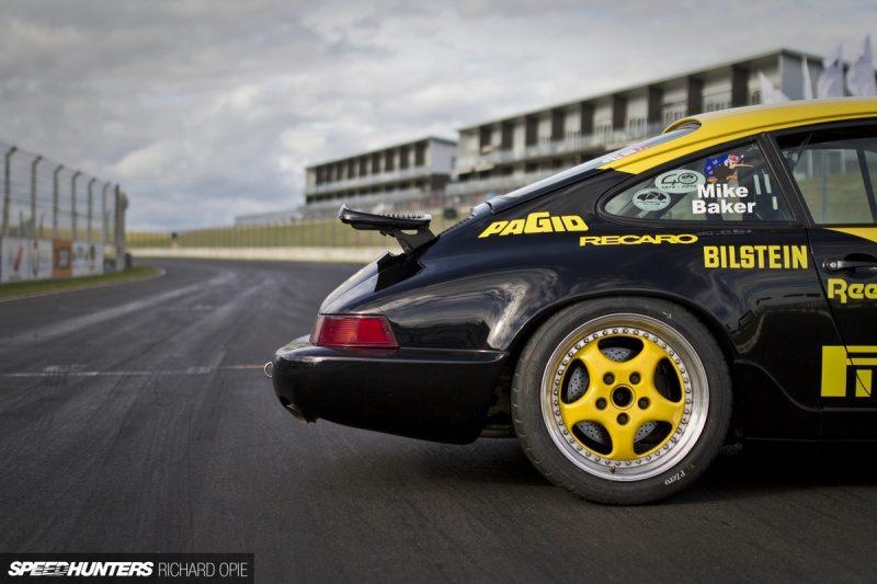 Porsche_911_964_Carrera_Cup-36-1200x800.jpg